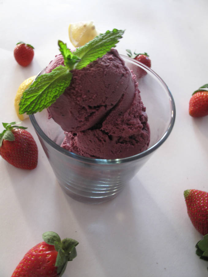 Blueberry-Lemon Ice Cream