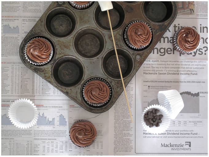 Chocolate-marshmallow cupcakes