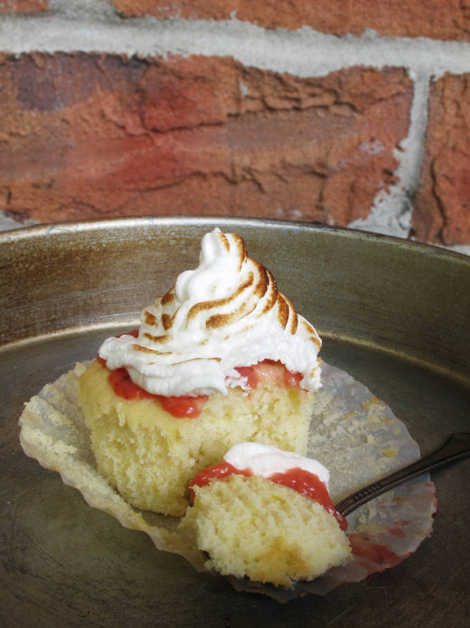 Lemon meringue cupcake with balsamic strawberry curd and meringue