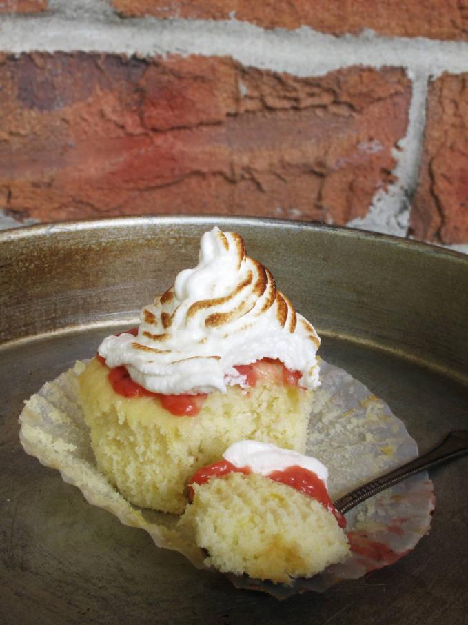Lemon meringue cupcake with balsamic strawberry curd and meringue