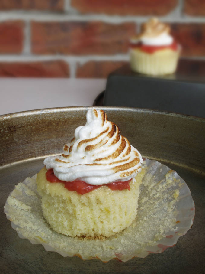 Canada Day cupcake: a lemon cupcake with strawberry curd and toasted meringue